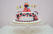 Fondant cake with figurine