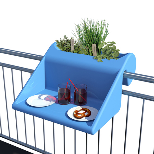 Suporte de sacada pode ser usado como horta ou mesa de trabalho
