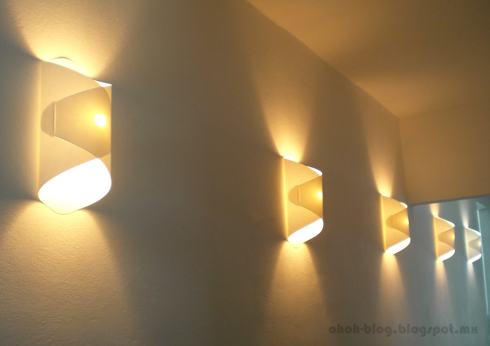Diy paper lamp lampara de papel ohoh blog - Lamparas para la pared ...