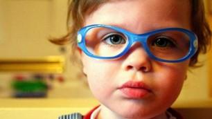 Lindungi mata dan penglihatan anak-anak