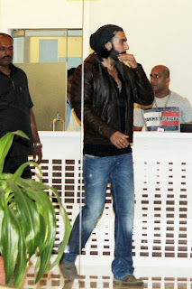 Ranveer Singh discharged from hospital (4).jpg