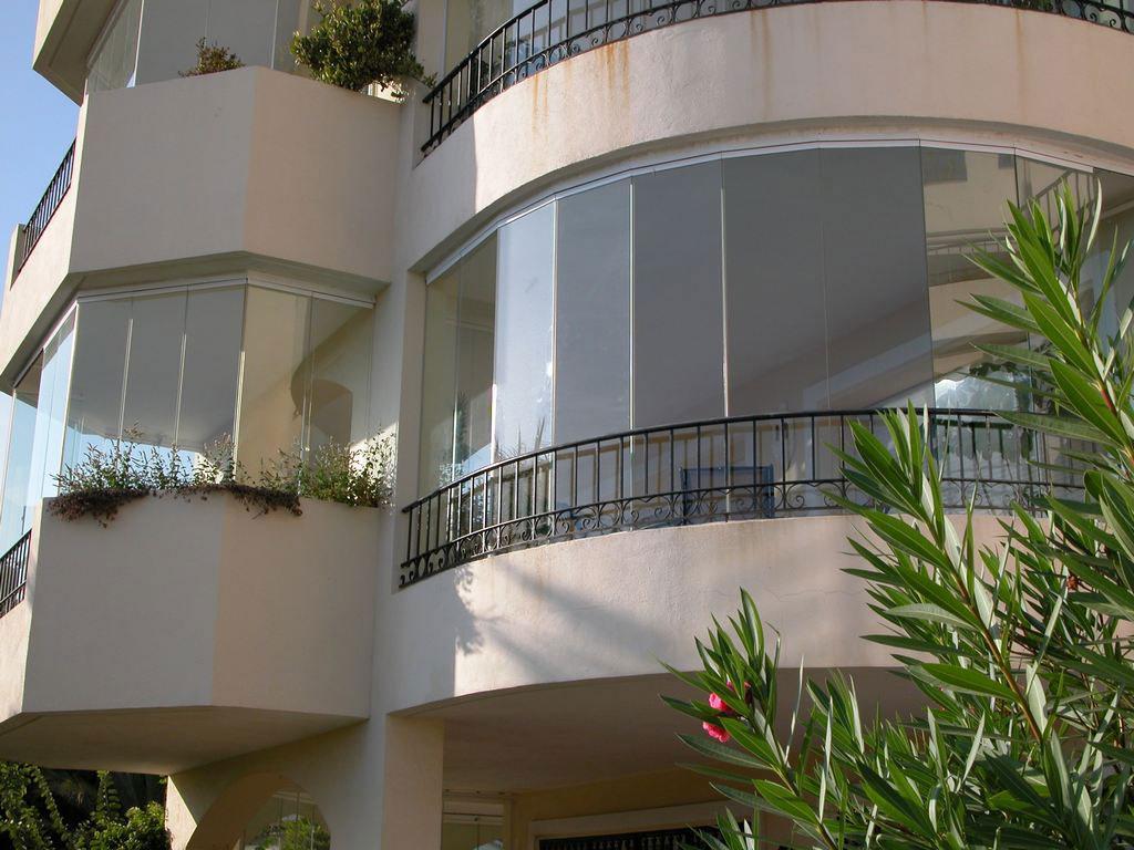 Cerramientos de balcones cerramientos en m laga 686 - Estores para balcones ...