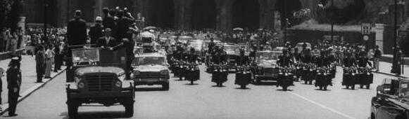 7/2/63: NOTICE THE PRESS/ PHOTOGRAPHERS IN FRONT OF LIMO+GREAT SECURITY