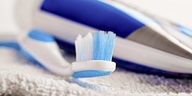 Kesehatan : Bahaya Melewatkan Rutinitas Menyikat Gigi