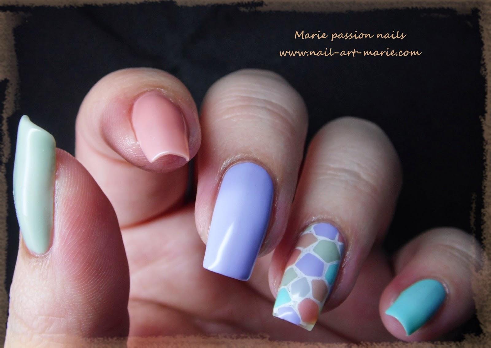 nail art mosaïque pastel5
