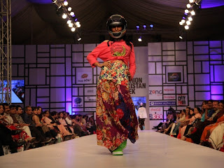 fashion in Pakistan for Girls