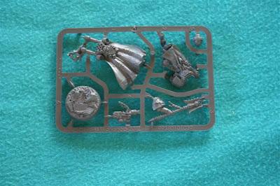 Miniatura de edición limitada del Capellán Interrogador Seraphicus