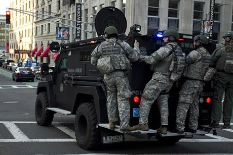 Sinking Fastball: How many SWAT teams are at the Boston bombing ...