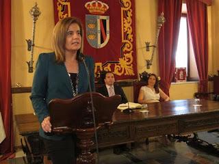 Fátima Báñez, ministra de Trabajo, da las gracias a la Virgen