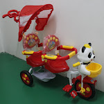 New Twin Tricycle with Music & Light ,RM200 only!!!