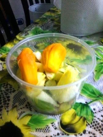 Buah-buahan campur