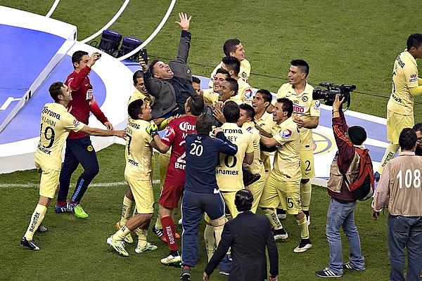 América, Campeón del futbol mexicano torneo Apertura 2014 Liga MX. Festejos del Campeón americanista en el estadio Azteca | Ximinia