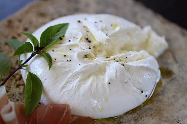La Credenza Burrata : The cheese chap: burrata: move over mozzarella