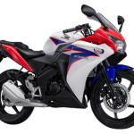 Honda CBR150R Merah-Putih-Biru (Sporty RWB)