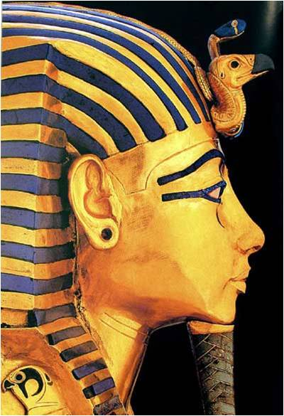 king tutankhamen and his treasures Tutankhamen according to one theory, an accident caused the untimely death of teenage pharaoh king tut how might a broken leg have sent him to his tomb.