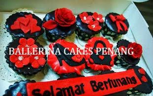 Cupcake tema merah hitam