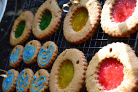 http://greedygirlcooks.blogspot.com/2013/11/christmas-candy-crush-cookies.html