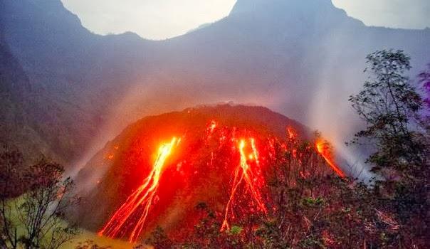 Fenomena Ketika Erupsi Gunung Kelud