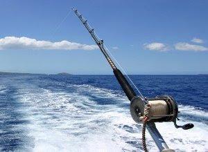 memancing-ikan-di-laut.jpg