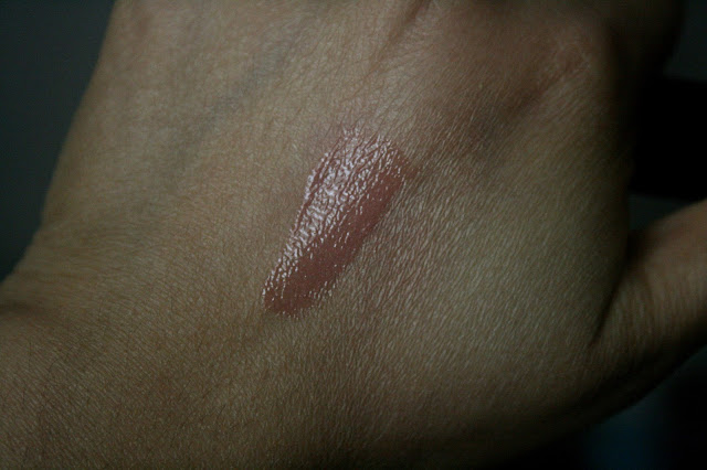 Guerlain Maxi Shine Gloss d'Enfer Lip Gloss in Browny Clap Swatch