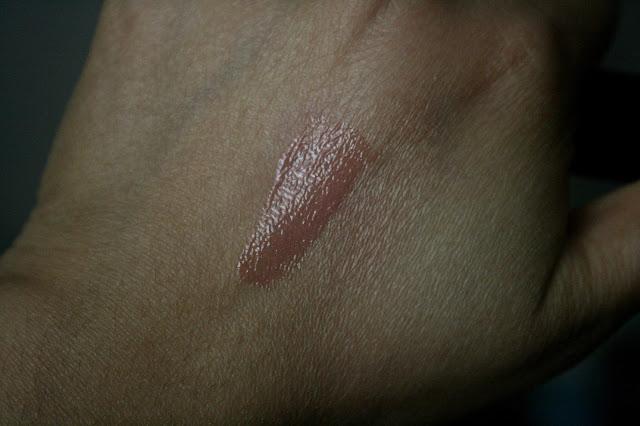 Guerlain Maxi Shine Gloss d'Enfer Lip Gloss in Browny Clap Swatch