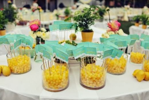 Wedding Seating Chart Ideas 63 Fabulous Go traditional and print