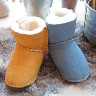 http://pepinlalune.bigcartel.com/product/easy-peasy-chaussons-flocons