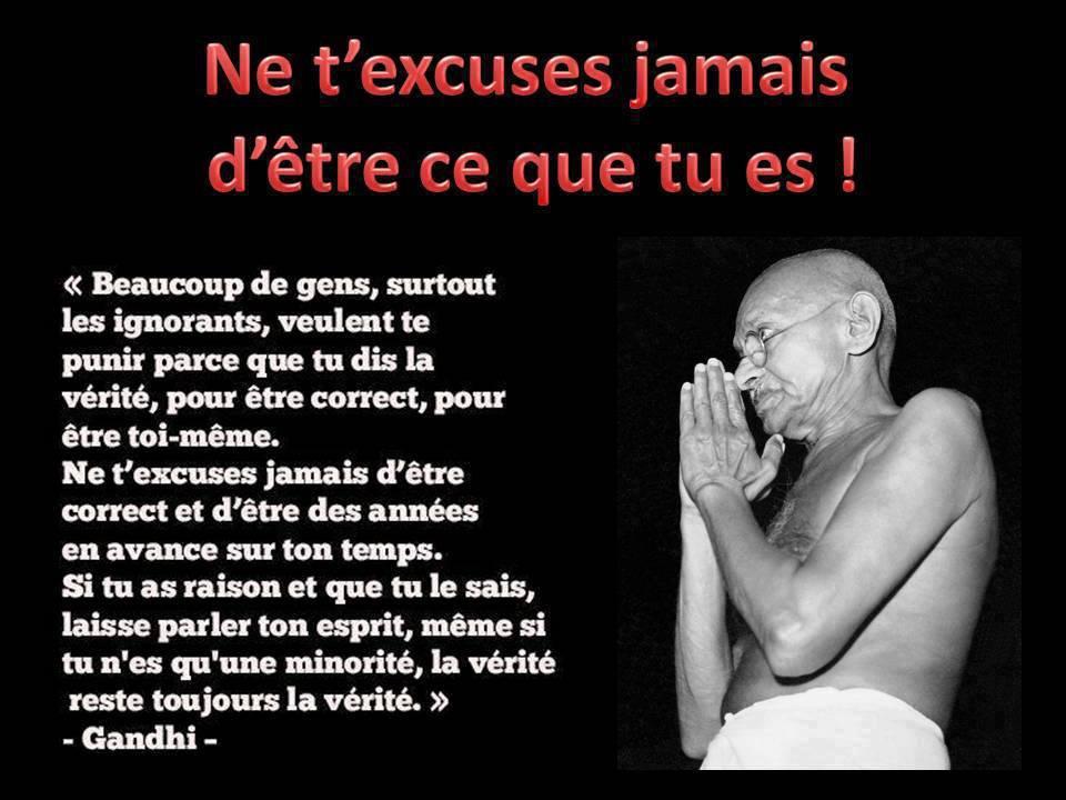Panneau de Gandhi sur la vérité qui sort de ta bouche
