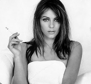 Elizabeth Hurley Smoking Cigarettes