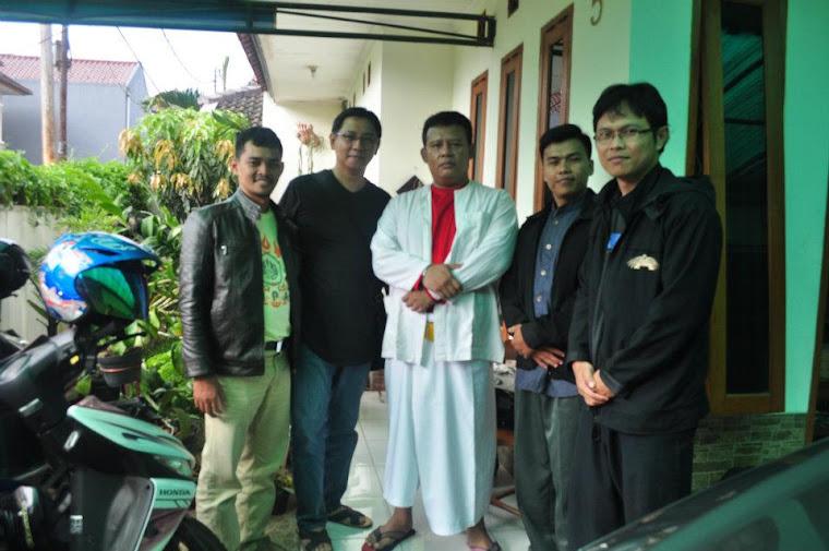 Bersama Pendekar Maenpo Peupeuhan Adung Rais
