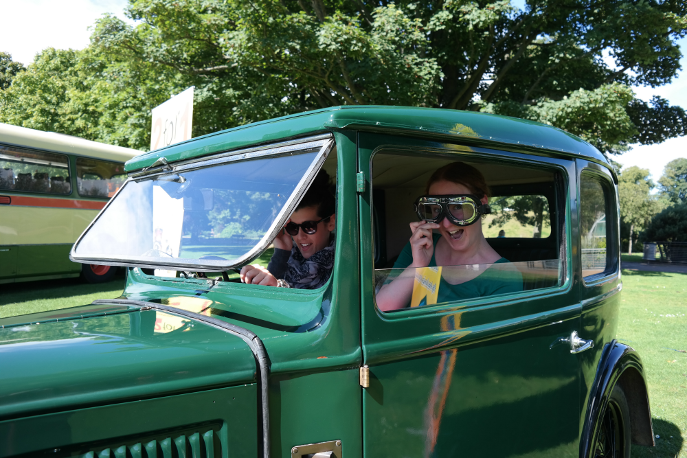 Aberdeen Bloggers' Meet Up at Duthie Park - Anastasia and Sarah in vintage car