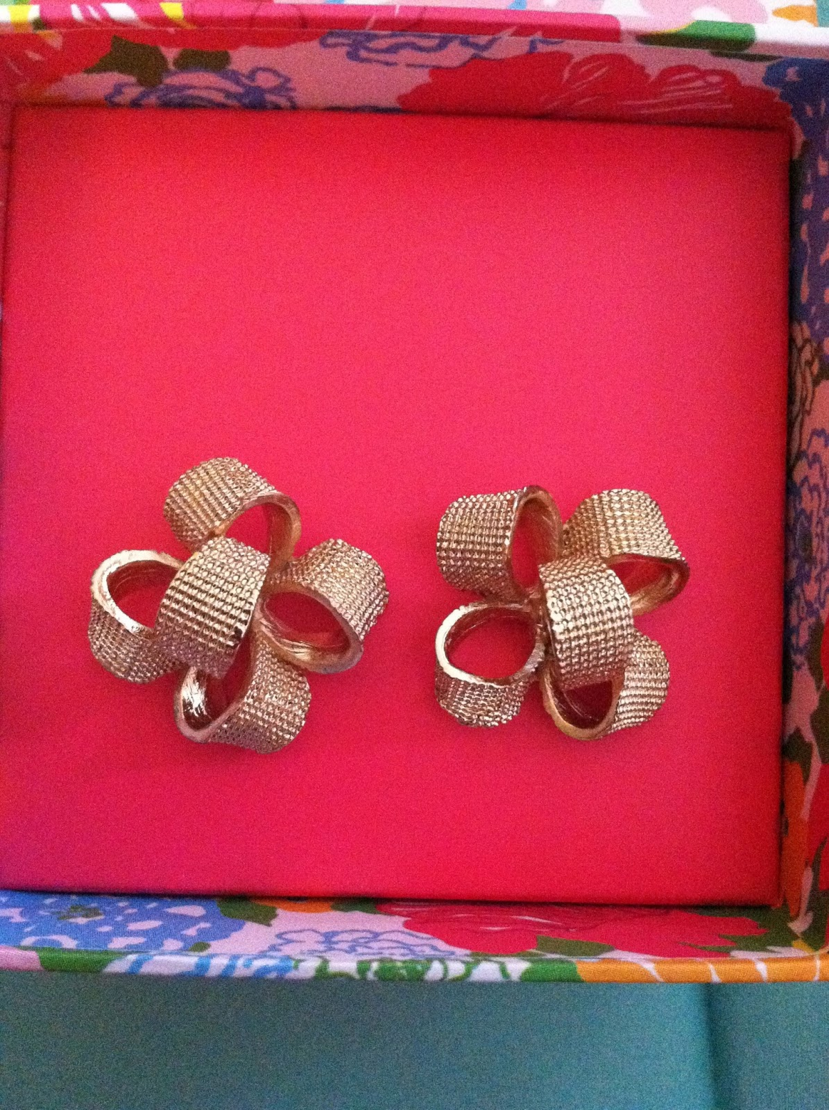 I Originally Wanted These Lilly Pulitzer Gold Bow Earrings For Christmas,  But Santa Made A Mistake And Got Me The Pink Ones Instead