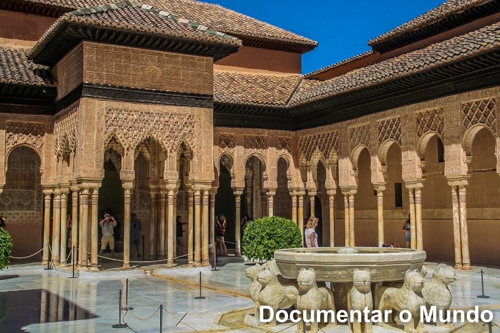 Páteo de los Leones, Alhambra, Granada, Espanha