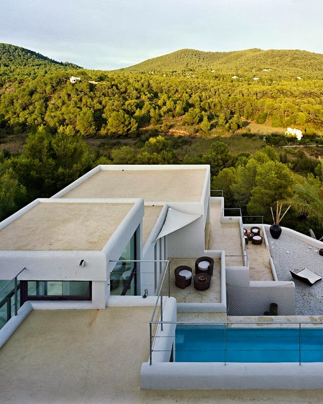 Roof terraces on Ibiza dream home by Jaime Serra