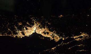 صور مدن العالم من المحطه الفضائيه الدوليه Image003
