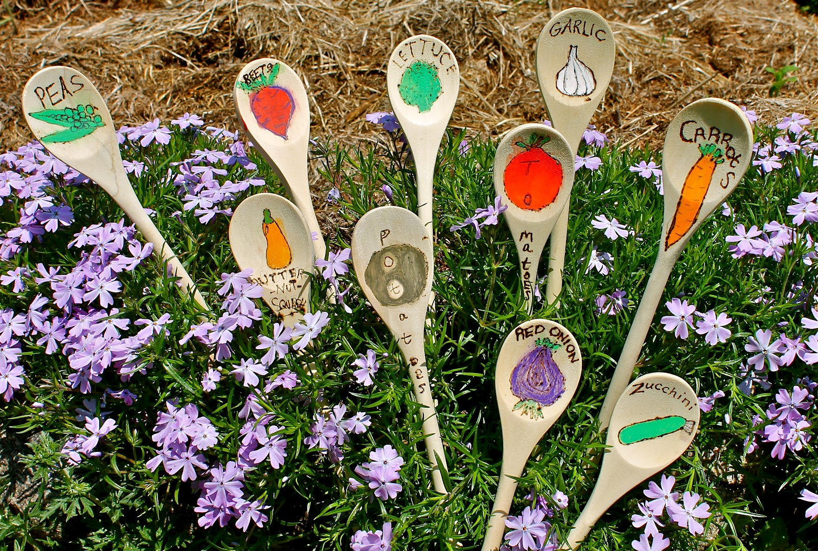 holder hose metal garden products stakes art hummingbird unique