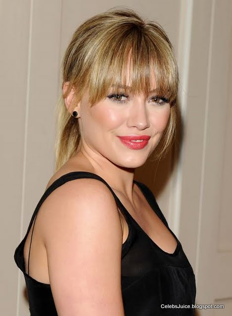"Hilary Duff – ""The Beauty Detox Solution"" Book Launch Party"