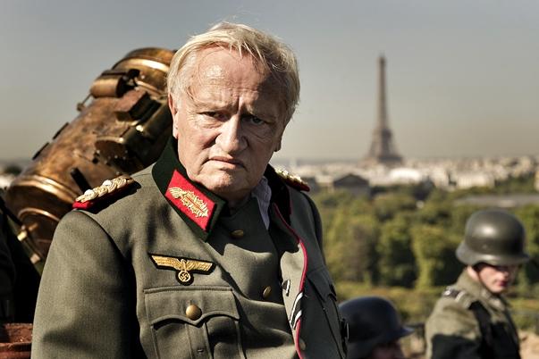 Diplomacia (Diplomatie, 2013), dirigida por Volker Schlöndorff