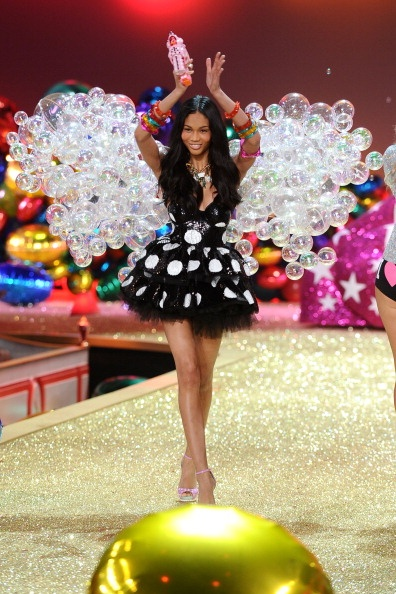 2022 Victoria's Secret Fashion