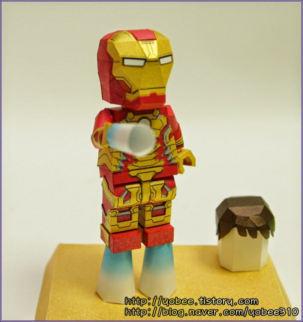 Lego Ironman Paper Craft Model