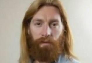hombre parecido a jesus fue sacado del estadio