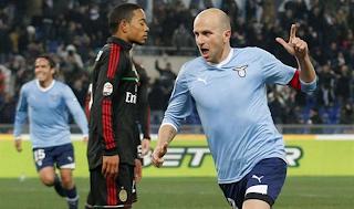 Milan perdió ante Lazio la posibilidad de ser el Líder