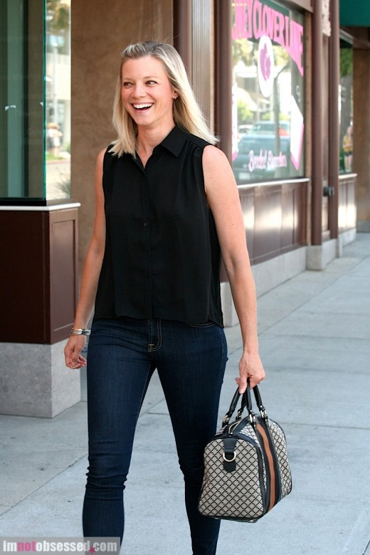 Amy Smart Enjoys The Day In LA » Gossip | Amy Smart