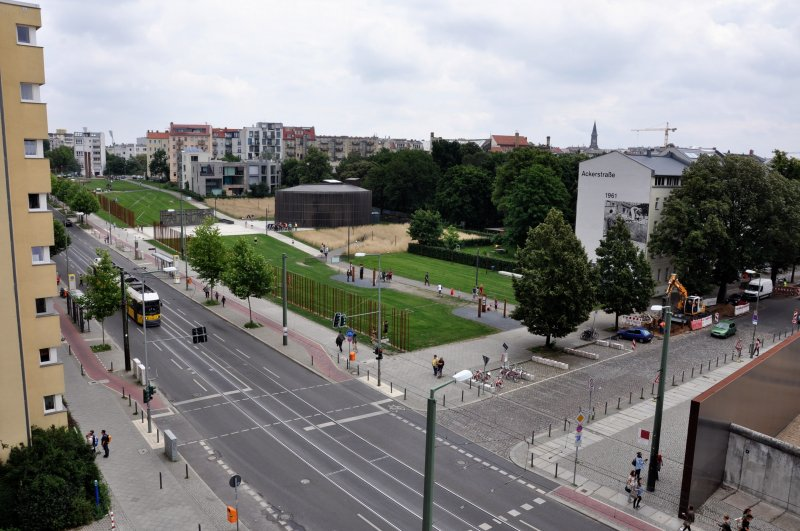Bernauer Strasse desde &quot;Gedenksttte Berliner Mauer&quot;