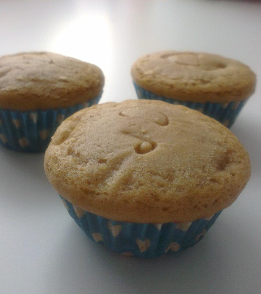 muffins de manzana y canela con yogur griego