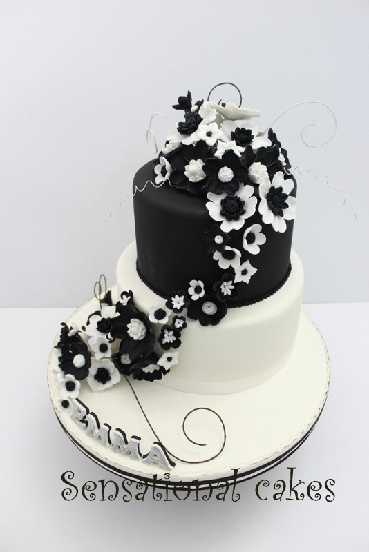The sensational cakes black white theme wedding cake singapore cake singapore very nice and elegant black and white combination flowers and butterflies theme wedding cake hand painted and carved flowers pattern mightylinksfo
