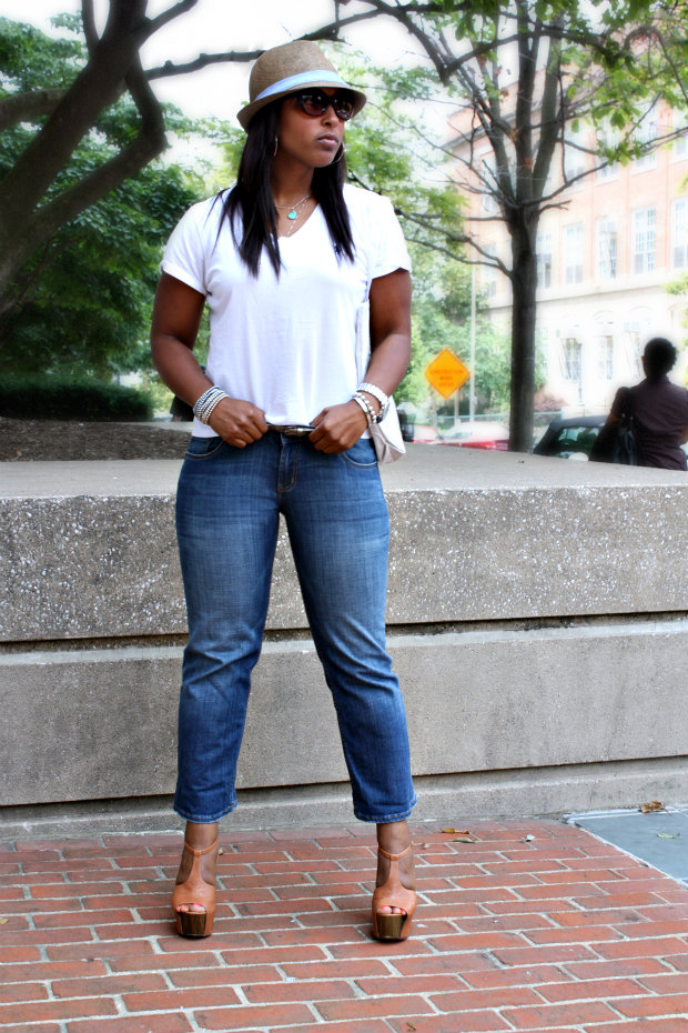 hat8 - Cropped Jeans and White Polo Tees