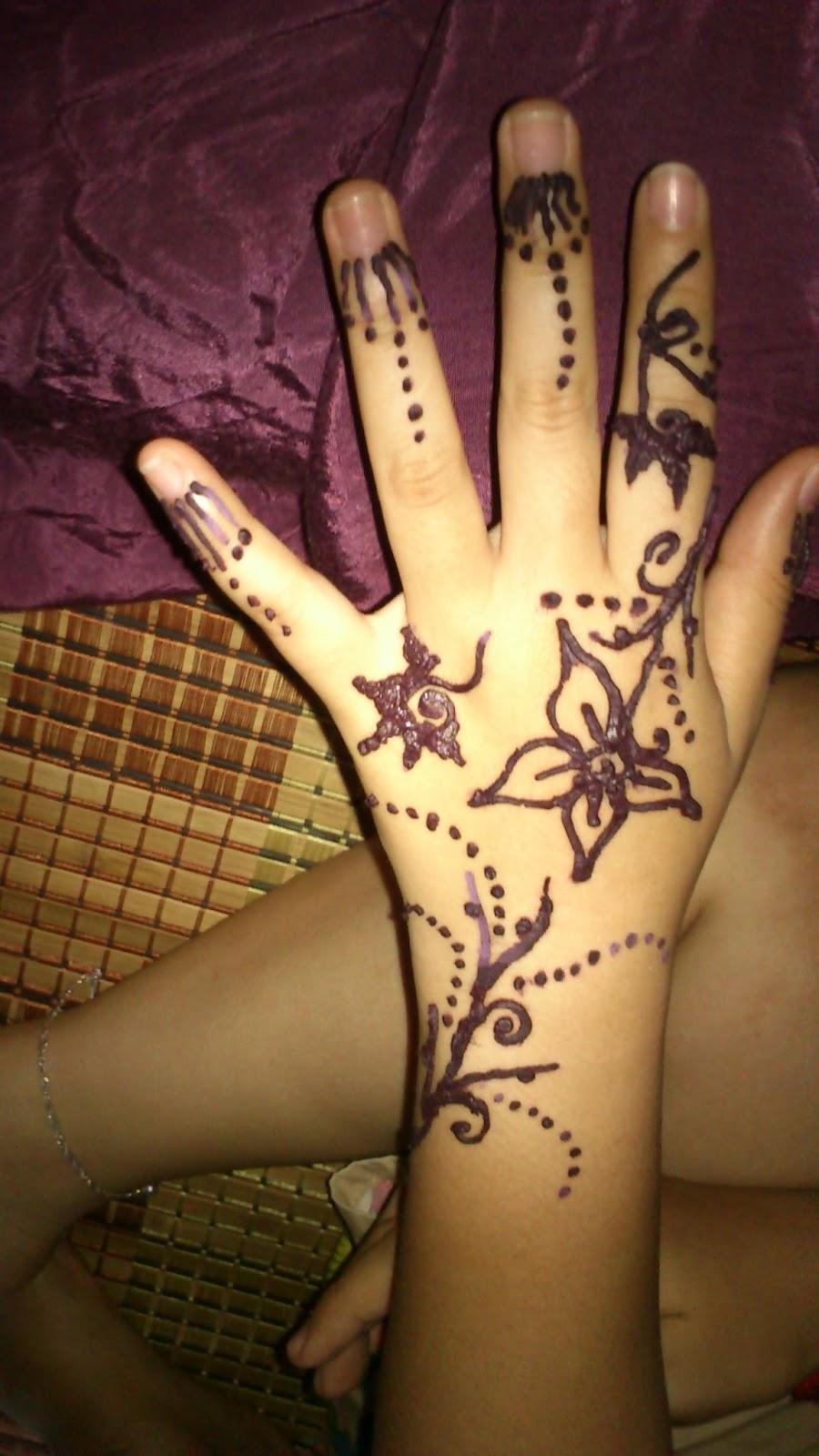 Muslimah Jasmine Henna Doodle Shoppe