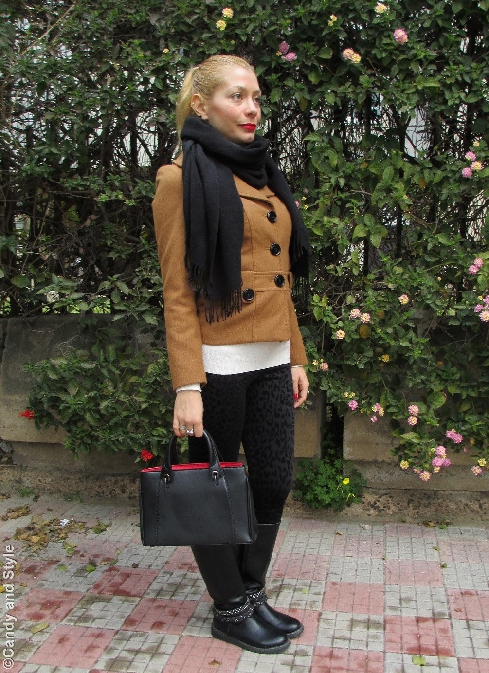 Camel, Black, Tote - Lilli Candy and Style Fashion Blog
