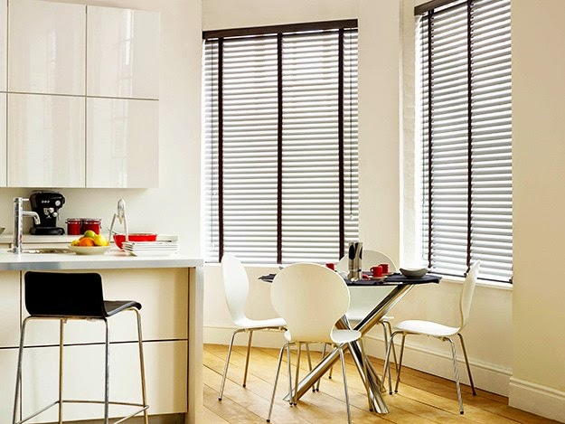 tirai jendela rumah minimalis